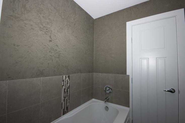 Carrara marmorino for Venetian plaster bathroom ideas